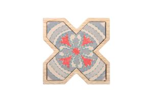 X WALL HANGING-Red/Beige